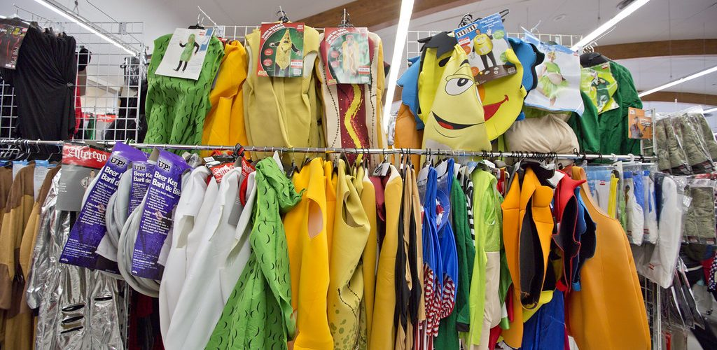second-hand clothing