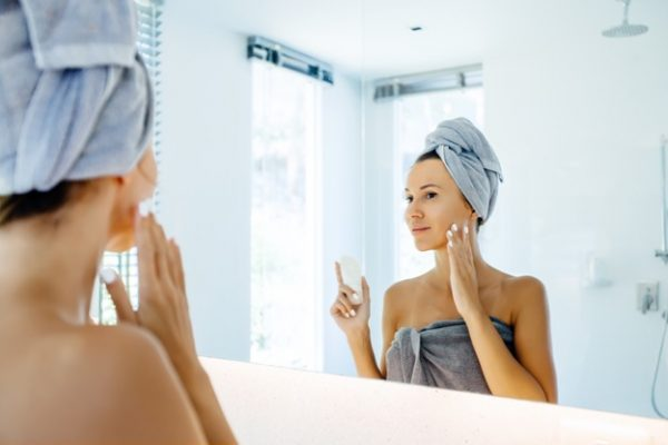 4 Healthy Habits to Boost Your Skincare Game
