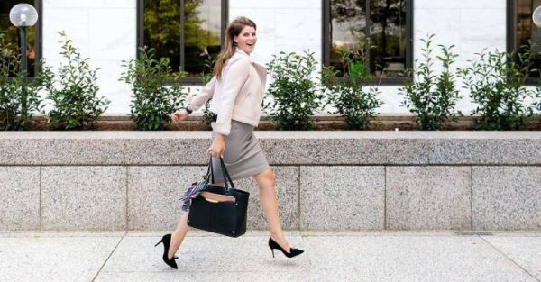 6 Tips for Wearing a Casual Dress at Work